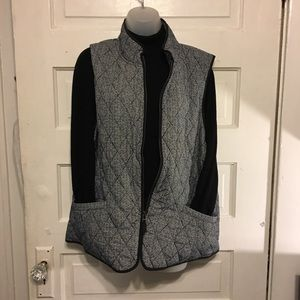 Talbots Sz XL Quilted Puffer Vest Zip Front Blk/Wh